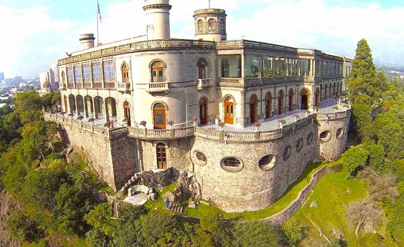Chapultepec: zoológico, castillo y museos