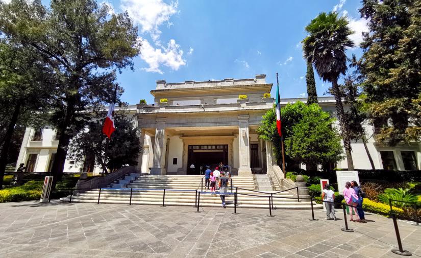 Ex residencia oficial Los Pinos y Polanco