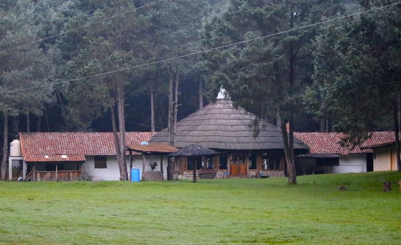 Santuario de la Luciernaga - Piedra Canteada