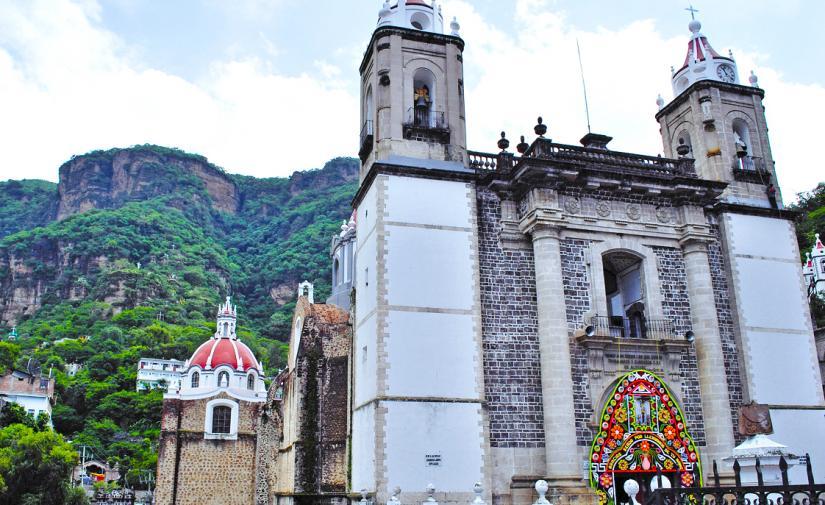 """Malinalco """"pueblo mágico""""  y Chalma"""