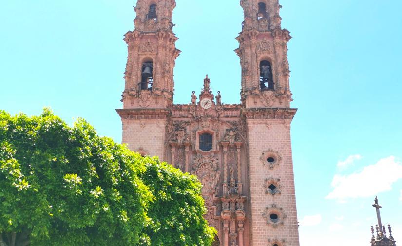 Taxco y Grutas de Cacahuamilpa